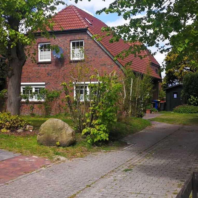Stellplatz vor dem Haus