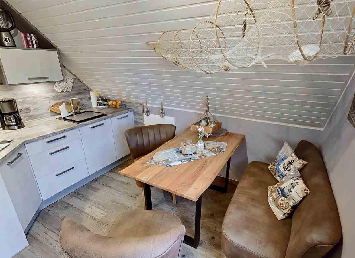 Küche nach Renovierung der Ferienwohnung zum Deichbären ib Carolinensiel